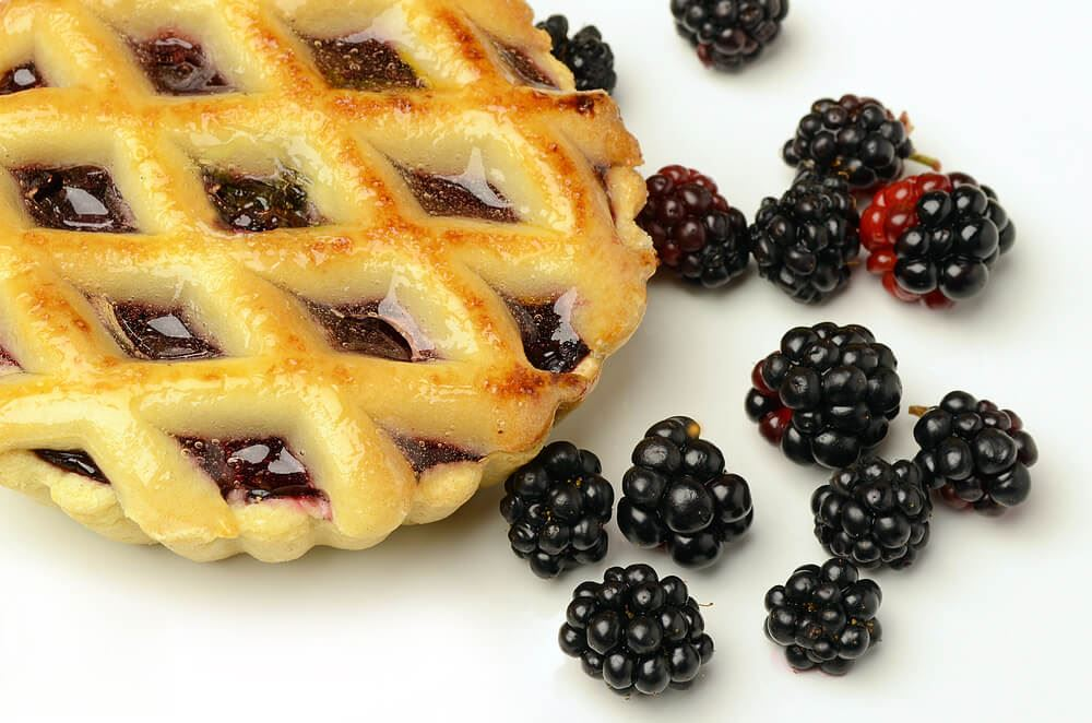 blackberry-pastry